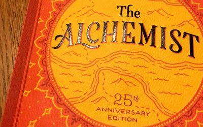 الکیمسٹ، پاؤلو کویلہو کا دنیا میں سب سے زیادہ فروخت ہونے والا حیرت انگیز ناول جس کا 72 زبانوں میں ترجمہ ہوا