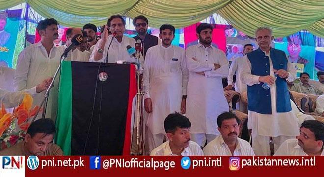 برنالہ میں پیپلز پارٹی کا کامیاب ورکرز کنونشن، ہزاروں افراد کی شرکت، پیپلز پارٹی عوام کی پارٹی اور عوام کے حقوق کی ضامن ہے، چوہدری لطیف اکبر کا خطاب