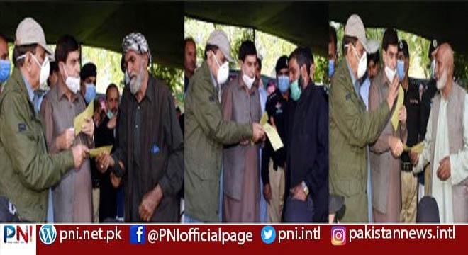 لائن آف کنٹرول پر شہید سویلین کے ورثاء کوآزاد کشمیر حکومت نے ماہانہ 3ہزار روپےوظیفہ کی منظوری دیدی، وزیر اعظم آزاد کشمیر راجہ فاروق حیدر کا اعلان