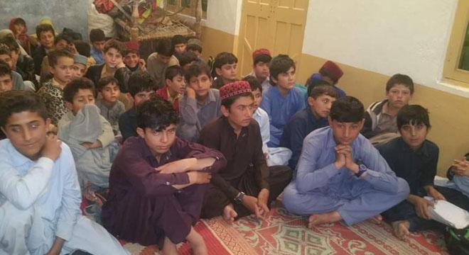 جنوبی وزیرستان کے علاقے وانا کے گاؤں مغل خیل کے طلباء نے مفت تعلیم کے لیے ویلیفر اکیڈمی قائم کر دی