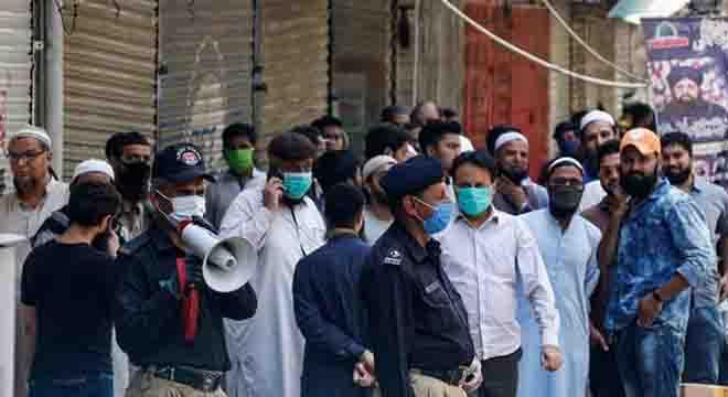 اللہ کا کرم ہوا، پاکستان میںکورونا وائرس کی دوسری لہر میںبھی ٹھہرائو آگیا، وجہ کیا بتائی گئی؟