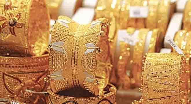 سونے کے خریداروں کیلئے بڑی خوشخبری، فی تولہ سونا ہزاروں روپے سستا ہو گیا