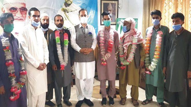 مسلم لیگ ن ملک ارشاد کی سردار عتیق احمد خان سے ملاقات، مسلم کانفرنس میں شمولیت اختیار کر لی