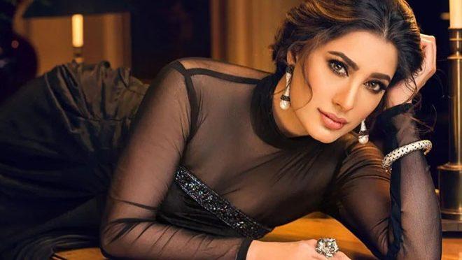 متنازعہ اداکارہ کا عمران خان کے بعد وزیراعظم بننے کا اشارہ