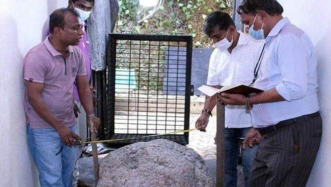 کنویں کی کھدائی کے دوران نیلم پتھروں کا ذخیرہ دریافت، مالیت 15 ارب روپے