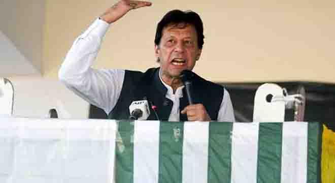 الیکشن جیتنے کے باوجود تاحال آزاد کشمیر کے وزیراعظم کا نام فائنل کیوں نہیں ہوا؟ وزیراعظم عمران خان نے گروپ بندی کوناکام بنانے کا طریقہ ڈھونڈ نکالا