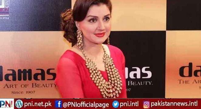 خوبرو پاکستانی اداکارہ کے ناقابل ضمانت وارنٹ گرفتاری جاری کر دیئے گئے